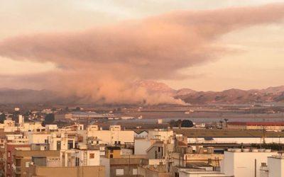 """Vecinos y Ecologistas en Acción alertan de """"efectos nocivos"""" en la población por las quemas agrícolas en Águilas"""